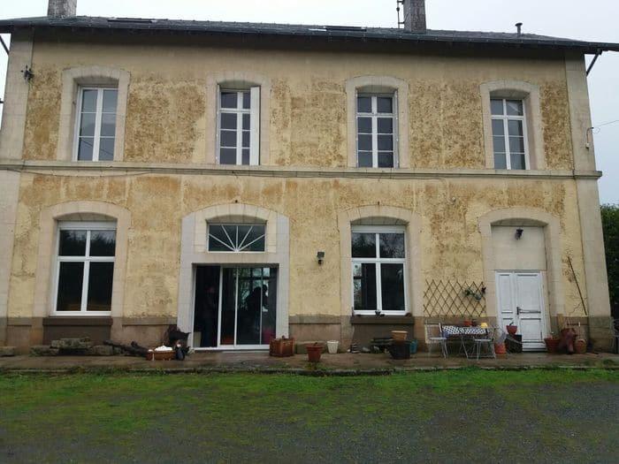 Ancienne gare à transformer en habitation