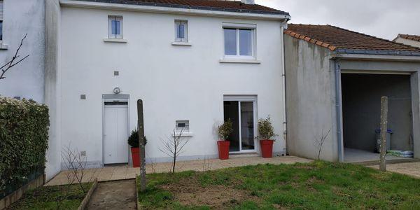 Transformation d'un garage en piéce de vie à Saint Sébastien Sur Loire