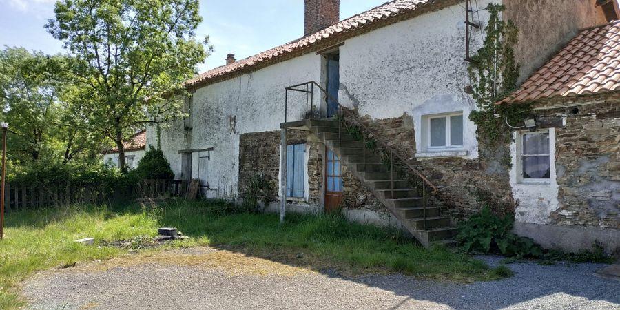Ravalement-façade-rénovation-intérieure-extérieure-Chéméré