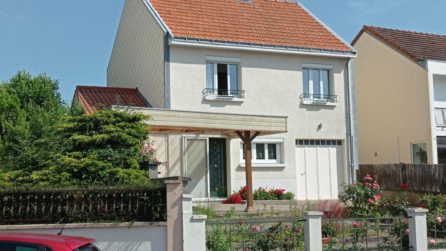 Estimatif du montant des travaux de rénovation complète et de l'aménagement du garage d'une maison à Rezé près de Nantes.
